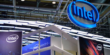 Intel zum 50er nicht in totaler Feierlaune