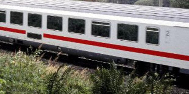 Mann von Zug 100 m weit mitgeschleift