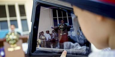 """Gratis""-App: Bub gab 2.000 Euro mit iPad aus"
