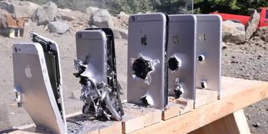 Neue iPhones mit Gewehr beschossen