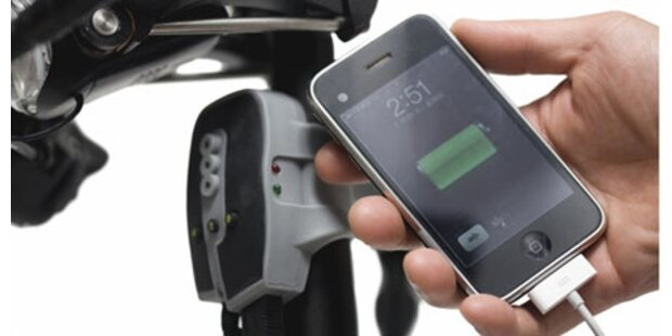 iPhone wird mit Pedalkraft aufgeladen