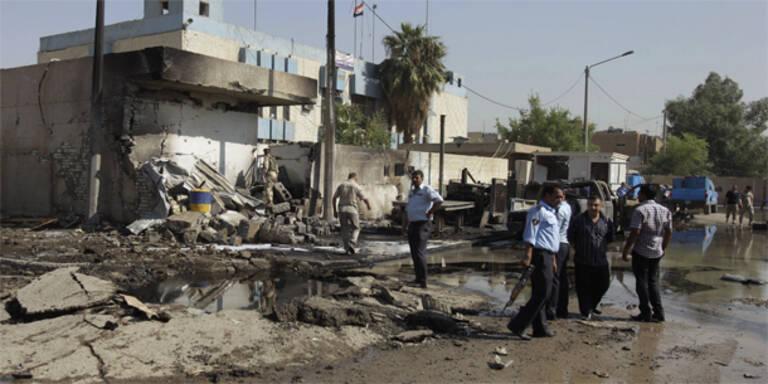 Simultane Selbstmordanschläge im Irak