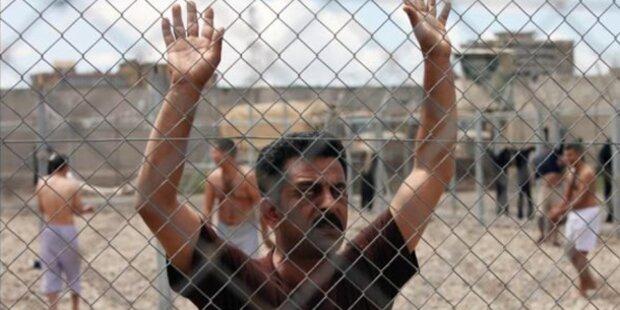 Häftlinge flüchten durch Tunnel