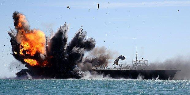 Iran probt Angriff auf US-Flugzeugträger
