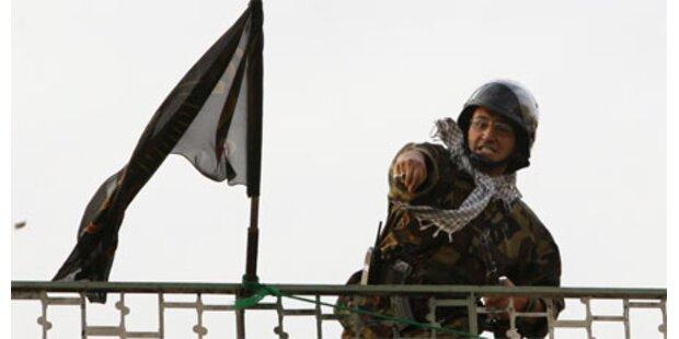 Milizen terrorisieren nächtliche Rufer