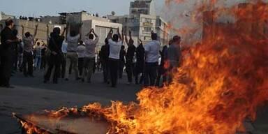 Schüsse auf Demonstranten