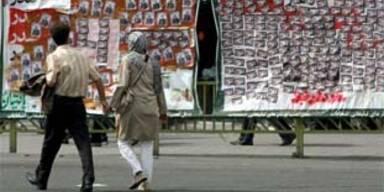 Iraner wählen neues Parlament