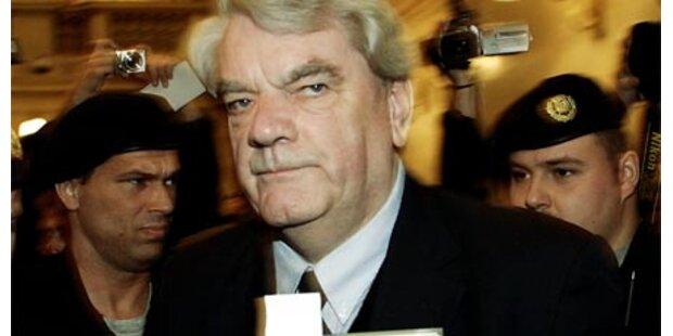 Wirbel um Holocaust-Leugner Irving
