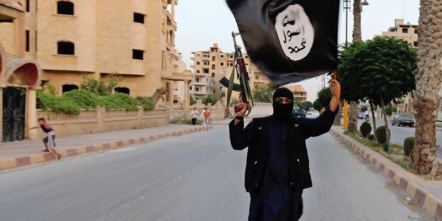 ISIS-Fahnen bei EU-Fahrern gefunden