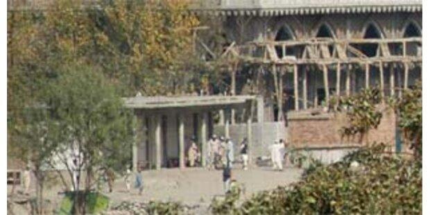 Anschlag nahe Musharrafs Büro in Pakistan