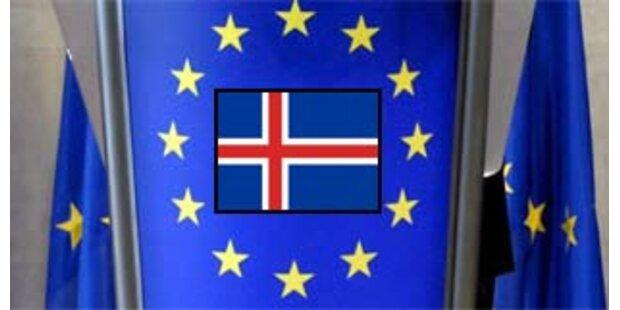 EU bietet bankrottem Island Beitritt an