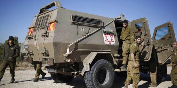 Israels Luftwaffe greift im Gazastreifen an