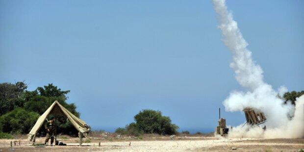 Raketenhagel auf Israel, Bomben auf Gaza