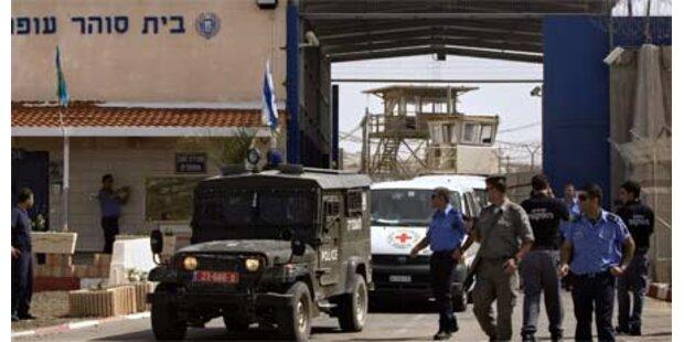 Israel lässt Palästinenserinnen frei
