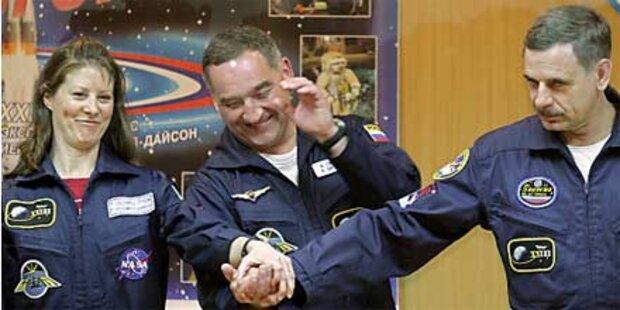 Neue ISS-Besatzung in Russland gestartet