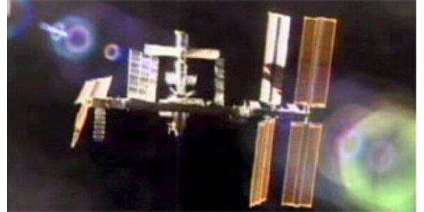 ISS-Astronauten bereiten Andocken der Columbus vor
