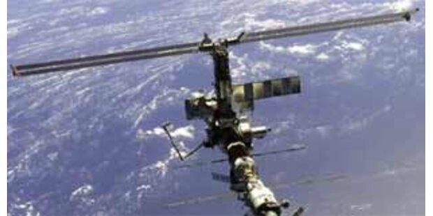 US-Astronauten gehen im All zur Präsidentenwahl