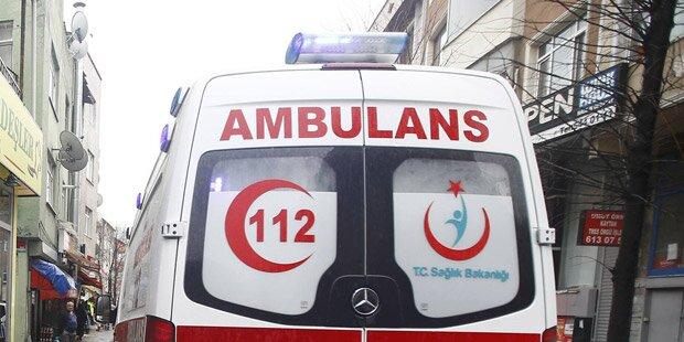 Minibus kollidierte mit Zug: Sieben Tote