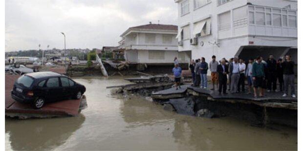 32 Tote durch Wassermassen in Istanbul