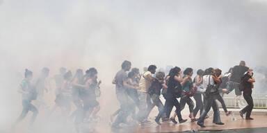 Schwere Ausschreitungen bei Demo in Istanbul