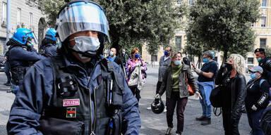 Corona-Krise: Italiens Regierung befürchtet soziale Revolten