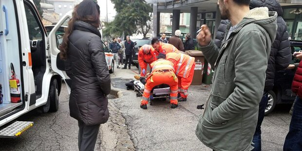 Mann schoss aus Auto auf Afrikaner