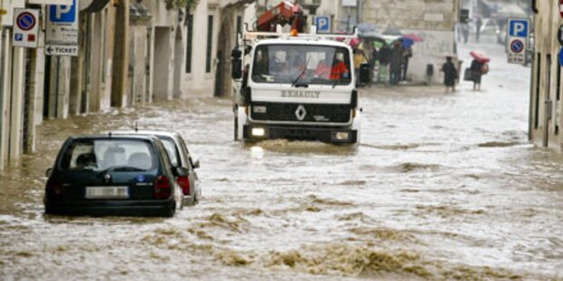Italien unter Wasser - Zwei Tote