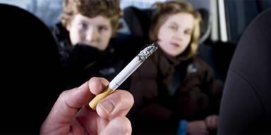 Italien verbietet Rauchen im Auto
