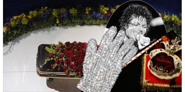 Jackson wird mit Handschuh beerdigt
