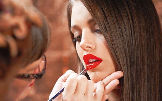 Verführen Sie ihn mit sexy glänzenden Lippen!