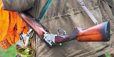 Paar hat Sex in Feld - Jäger tötet Mann