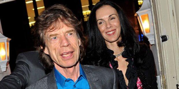Mick Jagger sucht Halt bei seinen Töchtern