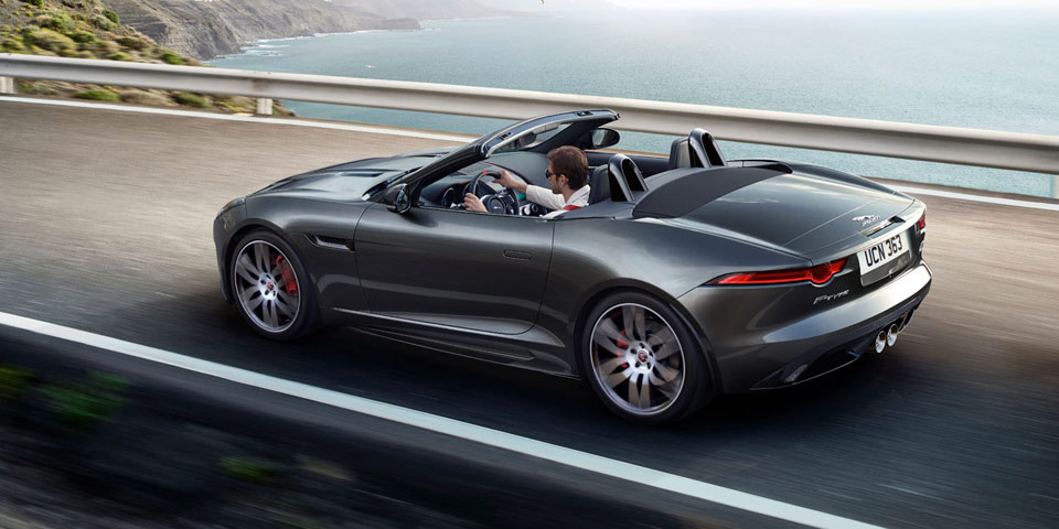 jaguar-f-type-flag-960-off4.jpg