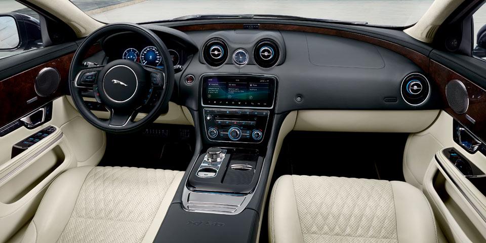 jaguar-xj50-jubil-960-off2.jpg