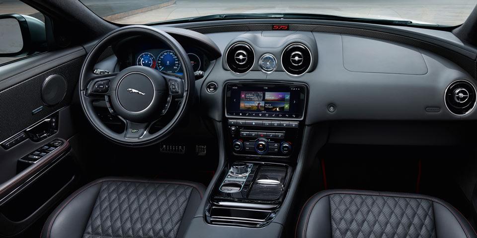 jaguar-xjr575-960-off1.jpg