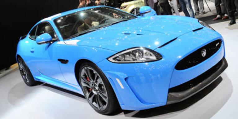 Jaguar XKR-S leistet brachiale 550 PS