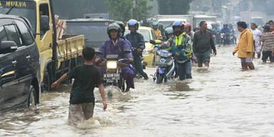 Hochwasser: Ausnahmezustand in Jakarta