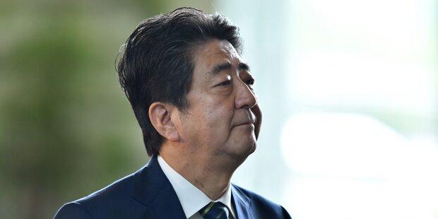 22. Oktober: Japan steuert auf Neuwahlen zu