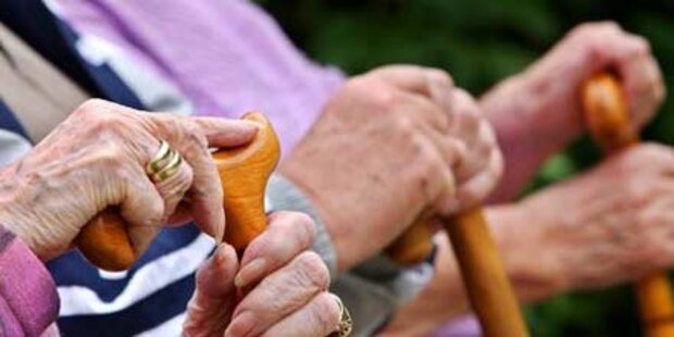 Japan: Hunderte 100-Jährige vermisst