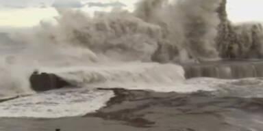 "Japan: Tote und Chaos durch Taifun ""Man-yi"""