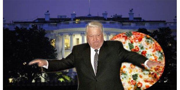 Jelzin torkelte vor Weißem Haus herum