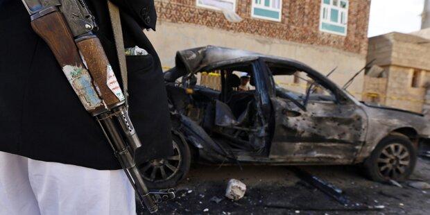 Über 100 Tote bei Terror-Anschlägen