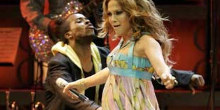 J.Lo und ihr Babybauch