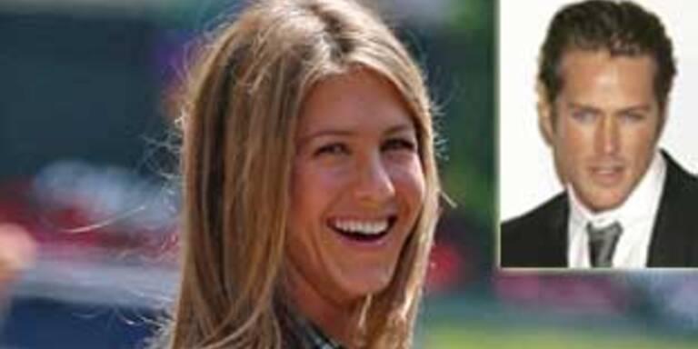 Jennifer Aniston, Jason Lewis