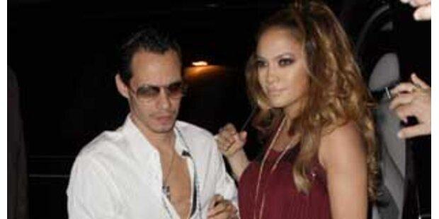 Jennifer Lopez gibt ihre Schwangerschaft bekannt