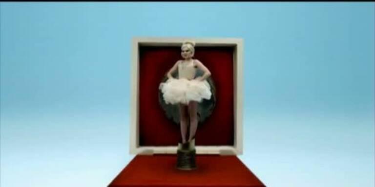 "Jessie J: Official Video ""Pricetag"""