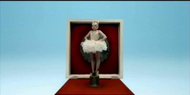 Jessie J: Official Video