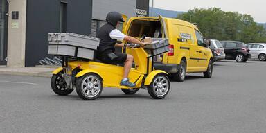 Roboterautos stellen in Graz Pakete zu