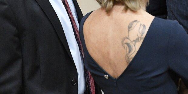 ÖVPlerin überrascht mit Blumen-Tattoo