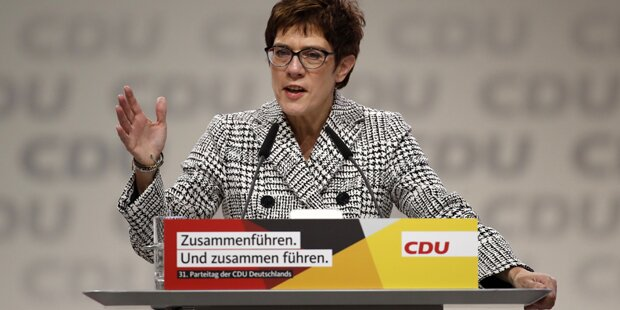Kramp-Karrenbauer neue Vorsitzende